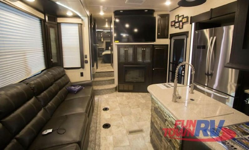 Luxury RV stay at a Luxury Resort