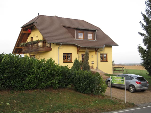 Ferienwohnung Ortlepp Bad Schlema - Bad Schlema - Apto. en complejo residencial