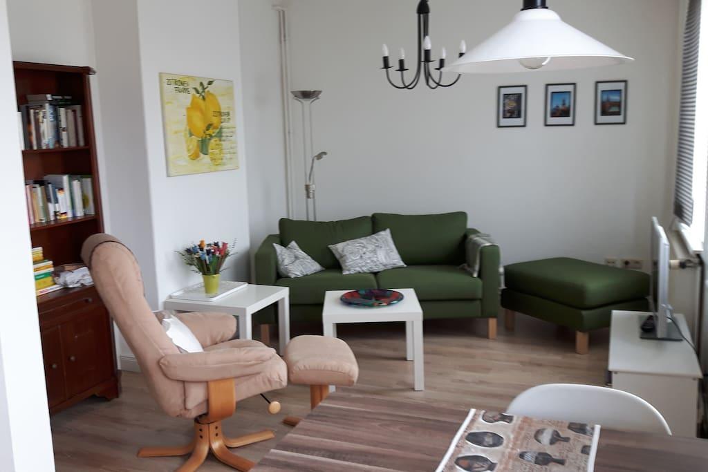 Wohnzimmer mit Sat.TV