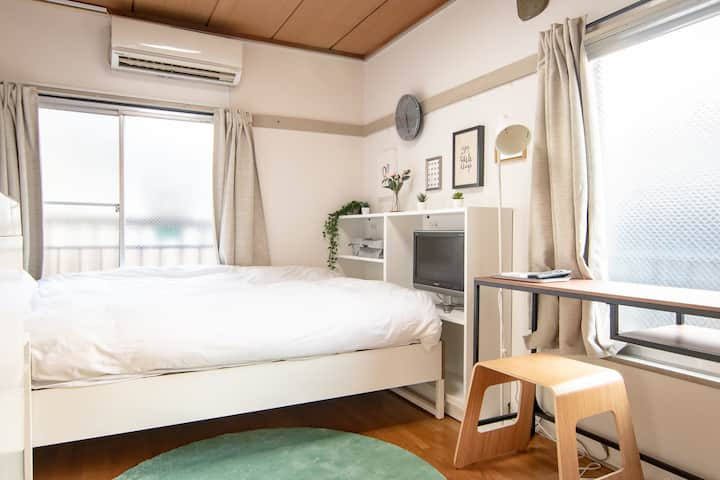 Bright, Comfortable Room in Shinjuku / Free WiFi