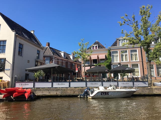 Appartement op keerpunt Elfstedentocht, centrum! - Dokkum - Townhouse
