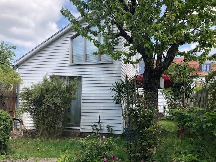 Kleines Häuschen / Appartement mit Garten