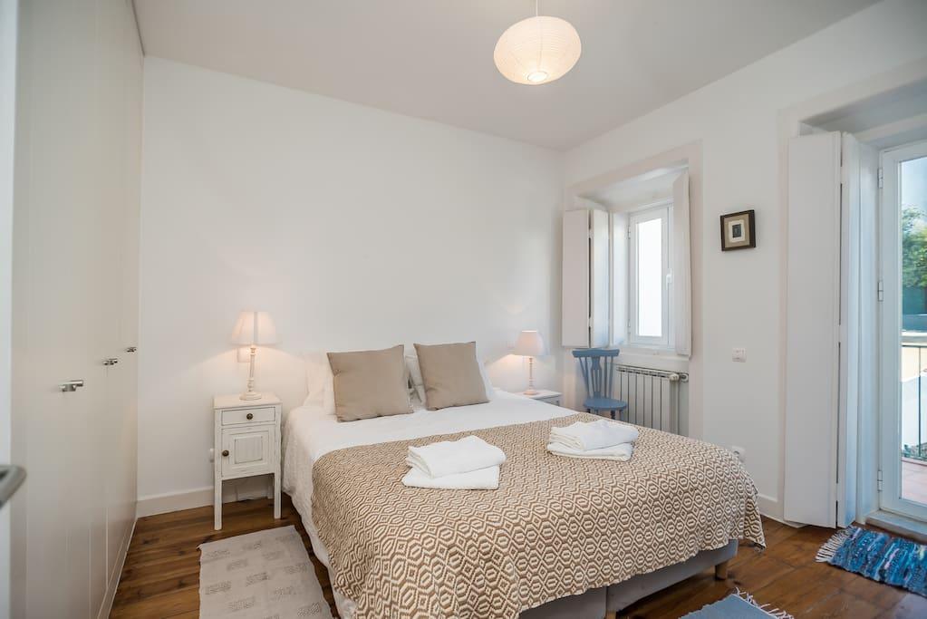 Quarto casal Double bedroom