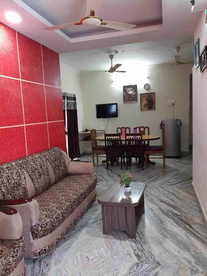3 Bedroom Apartment Royal Suites