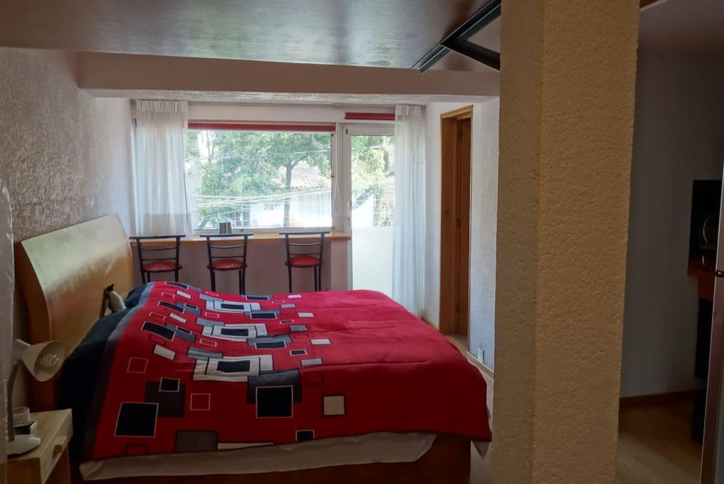Cama King Size (tercera cama en litera, opcional).