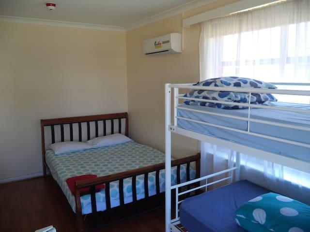 Family Room for Rent in Port Adelaide