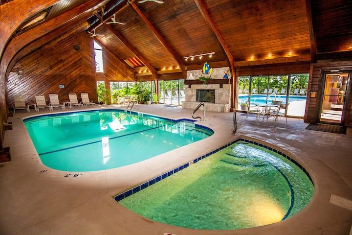1434 Main Chanel Lakefront Living