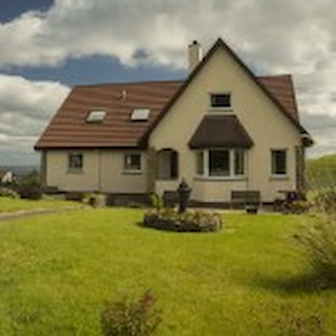 Quiraing View Self Catering Apartment - Digg - Daire