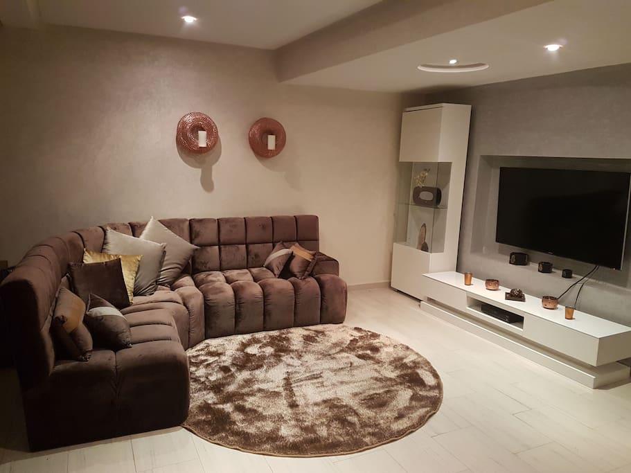Wohnzimmer/TV