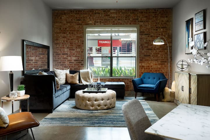 Homey home | 1BR in Austin