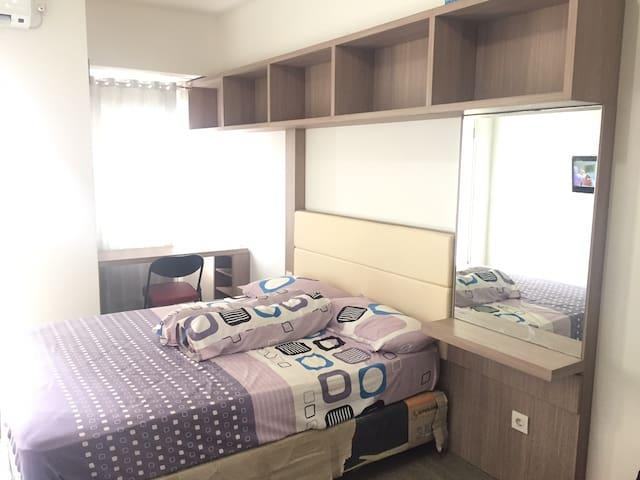 Disewakan bulanan unit apartemen