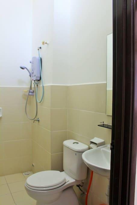 楼上 - 厕所