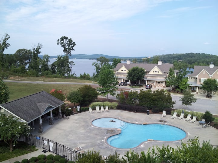 Awesome Lakefront Condo on Lake Logan Martin