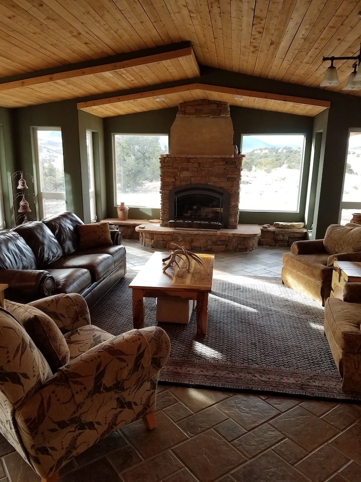 Mountaintop Dwellers, 4500 sq ft home/35 acres