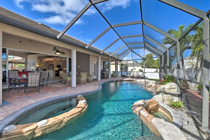 Expansive Cape Coral Retreat w/ Lagoon Pool & Spa!
