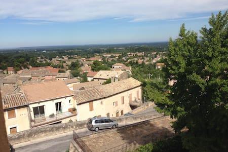 appart hauteurs vieux village - Robion - Apartmen