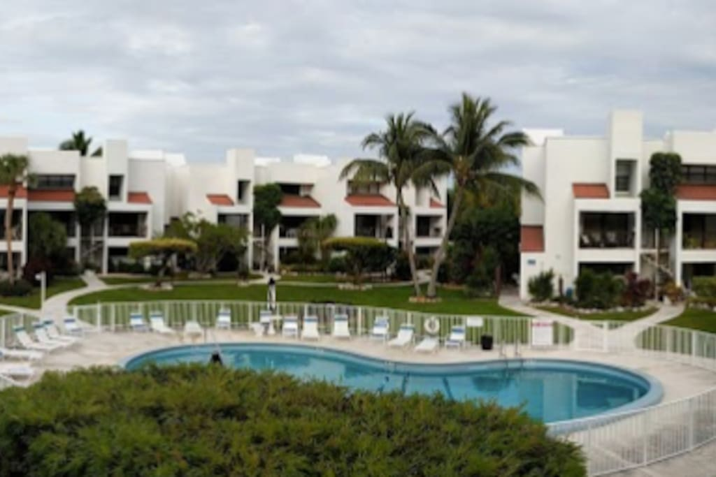 key colony beach chatrooms Key colony beach hotel in marathon fl : more than 97% of clients say they would recommend us to a friend or loved one [ key colony beach hotel in marathon fl ].