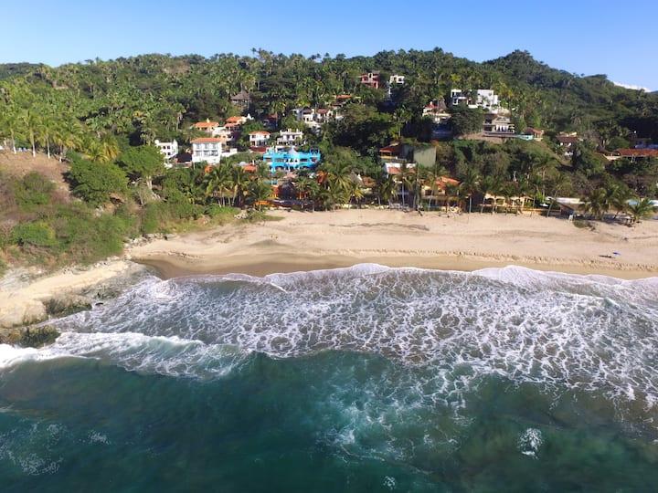 Plata Apartment Casa Aqua Bella-Across from Ocean!
