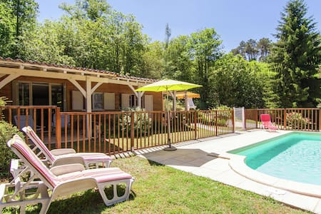 Modern Chalet in Neuvic with Private Swimming Pool