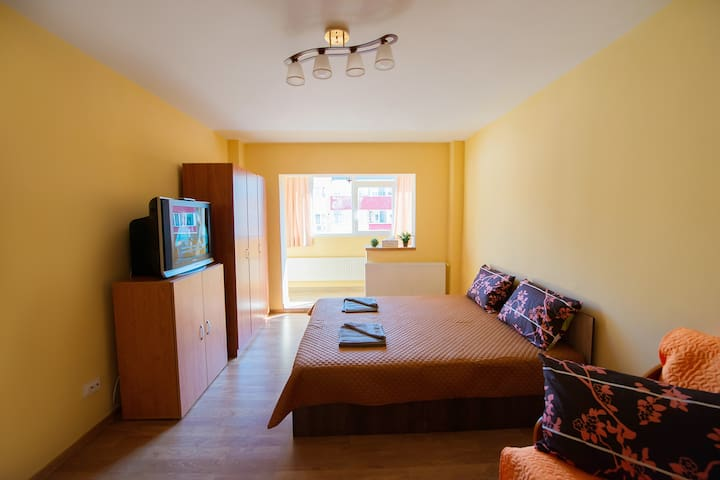 Luna apartment- Bedroom Bucegi1