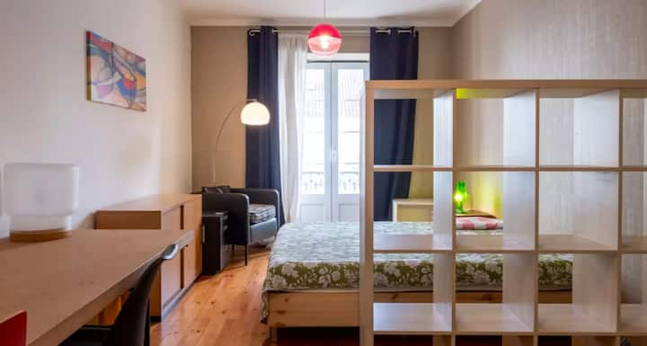 Big Student Room with Air Condition Lisbon Center