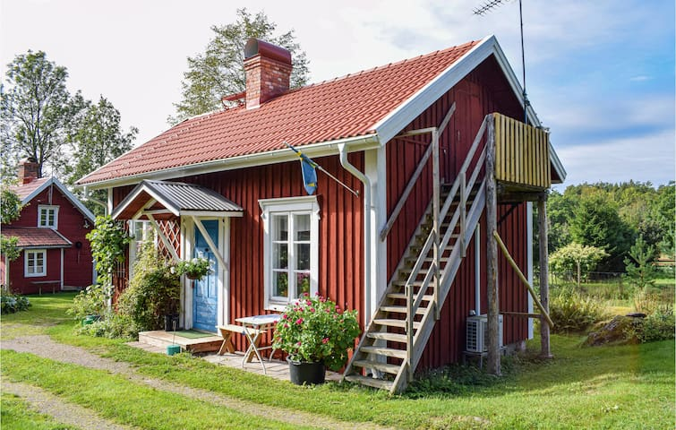 Holiday cottage with 1 bedroom on 50m² in Målilla