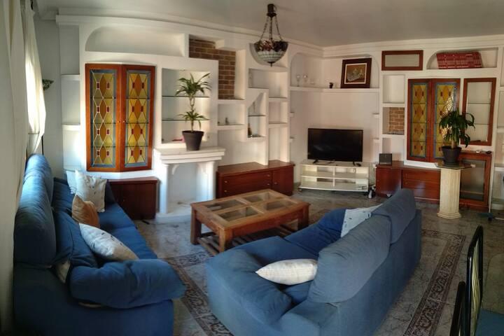 Habitacion en el centro de Alcala de Henares.