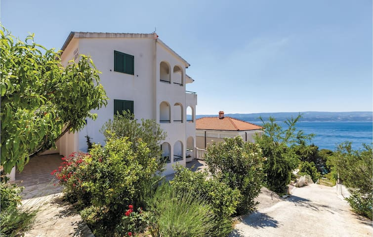Holiday apartment with 1 room on 24 m² in Stanici