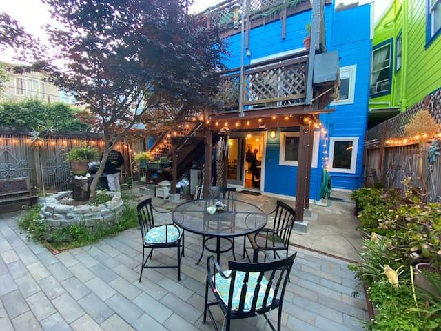 Private Amazing Garden Retreat in SF Mission