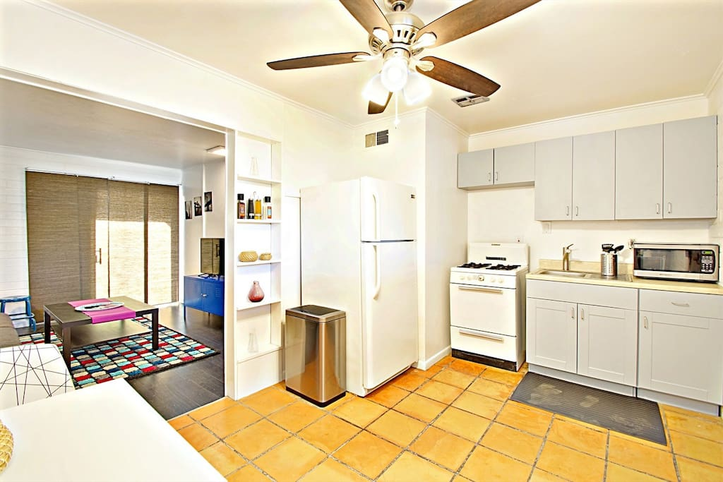 Amir 39 S Airbnbs Hollyhock 8 35 Monthly Discount Apartments For Rent In Phoenix Arizona