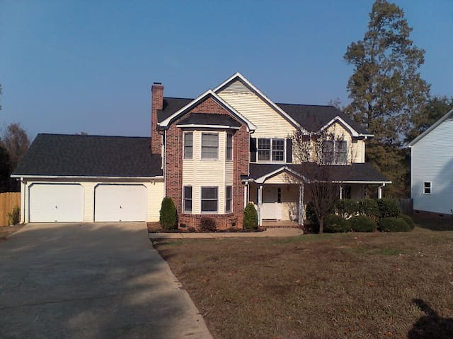Home away from Home in Mauldin - Mauldin - House