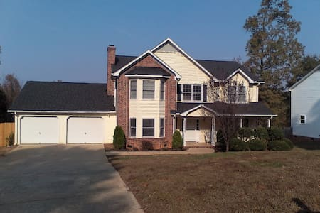 Home away from Home in Mauldin - Mauldin
