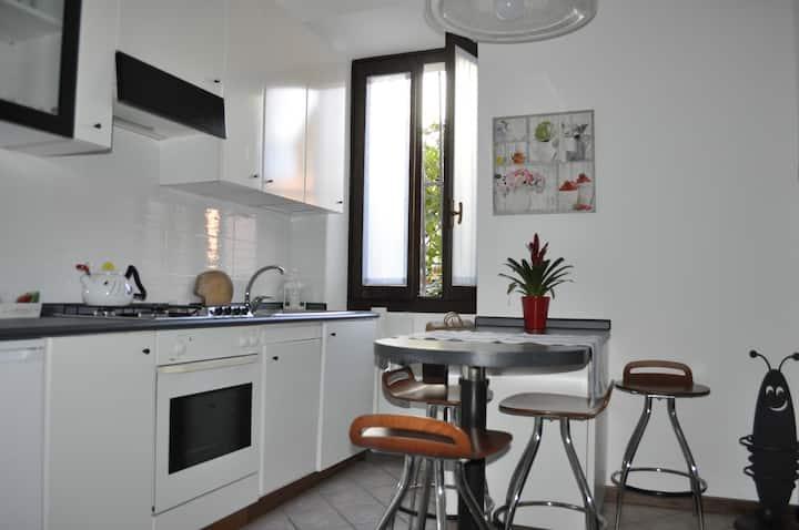 Casa Ninetta, centro storico  Intra CIR10307200205