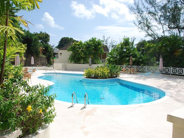 Ideal Short or Long stay slice of Paradise