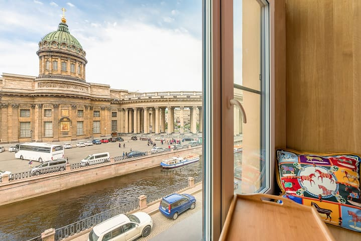 "Room ""Romeo and Juliet"" with a view of Kazan"