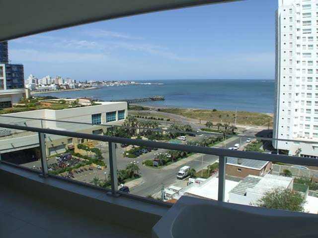 Luxury Apartment Seasons Tower Punta del Este