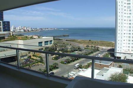 Luxury Apartment Seasons Tower Spa Punta del Este