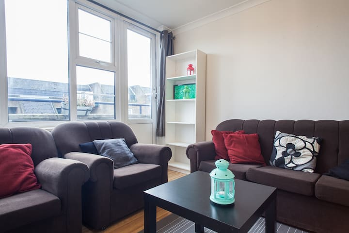 Spacious Three Bedroom Apartment nr Notting Hill - London - Haus