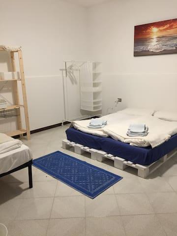Camera e patio Sud Sardegna - Portoscuso - Pis