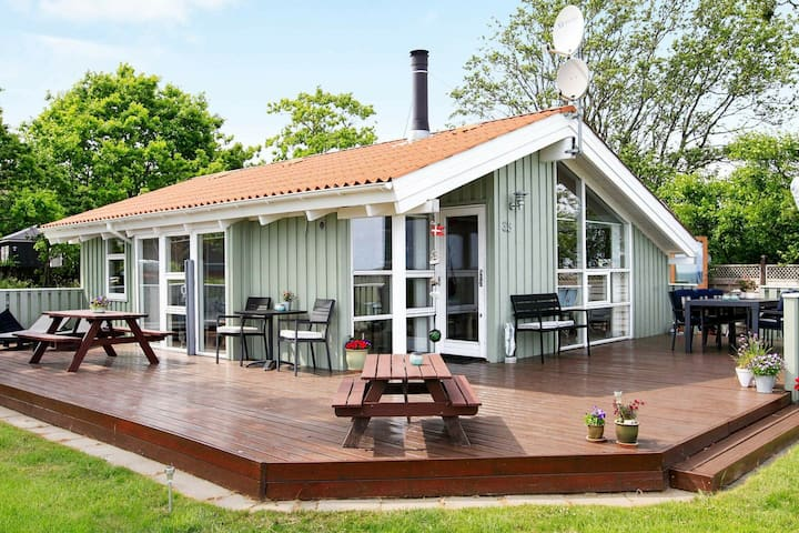Lovely Holiday Home in Frederikshavn with Terrace