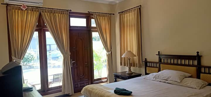 Big Space room 10 mins from Airport and Kuta Beach