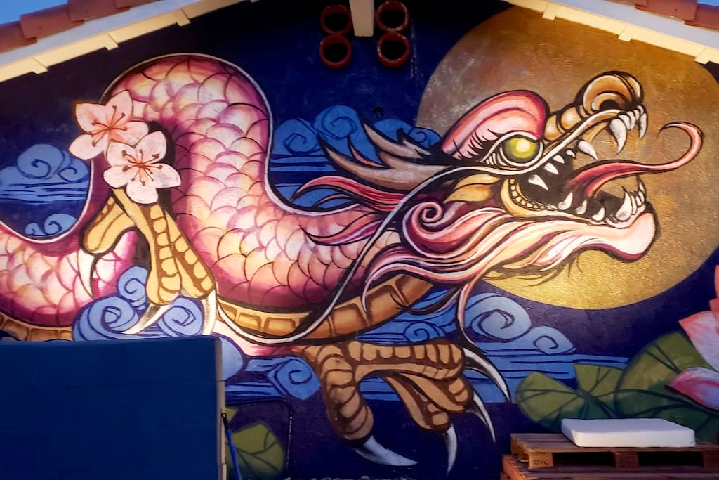 Stay in La Quinta's Famous Dragon House. The Dragon was painted on the exterior wall by The Bay Area's renowned street artist Luq Dragon99. This house has fast become one of Airbnb's most Instagrammed homes.
