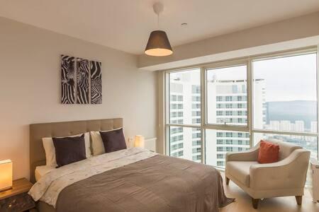 Elite 3 Bedroom Family Residence Nice B