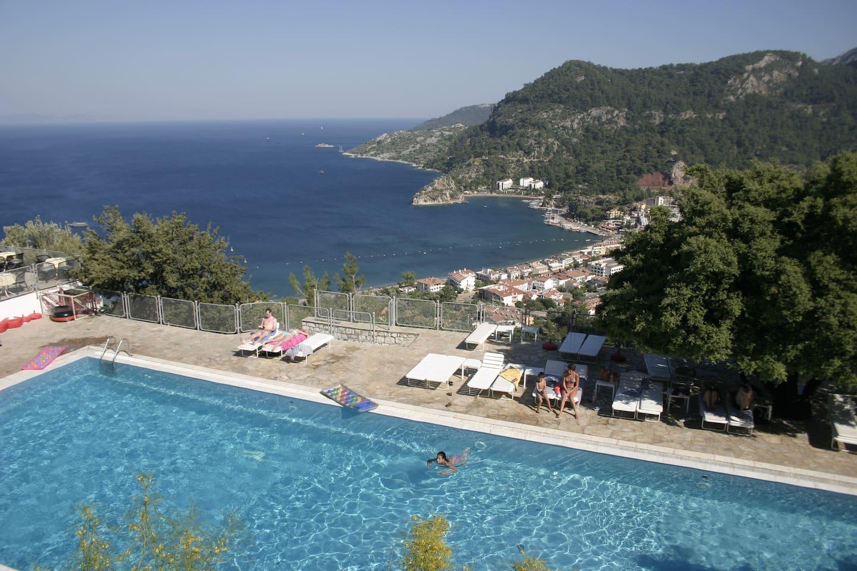 Loryma pool with views over Turunc