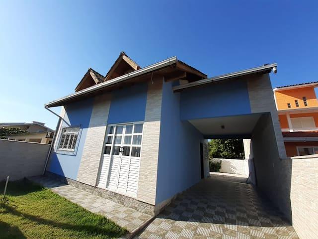 casa Ponta do Papagaio , praia do sonho e Pinheira