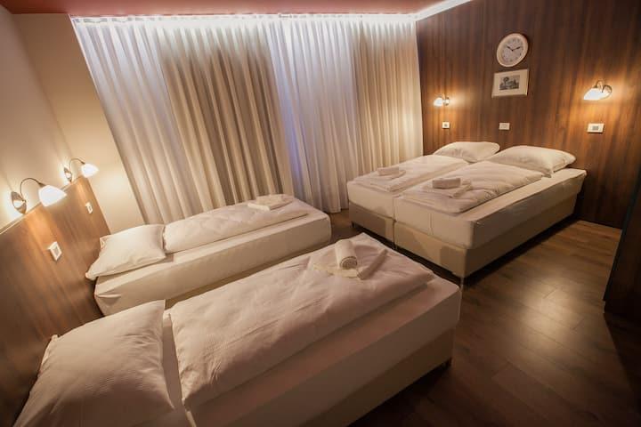 Hotel Center  - quadruple room