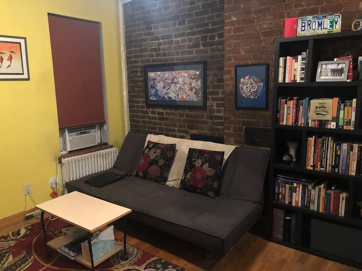Enjoy Yourself in Classic East Village 1BR