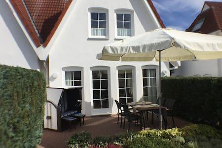 Tolles 4-Sterne Ferienhaus in Strandnähe - Grömitz