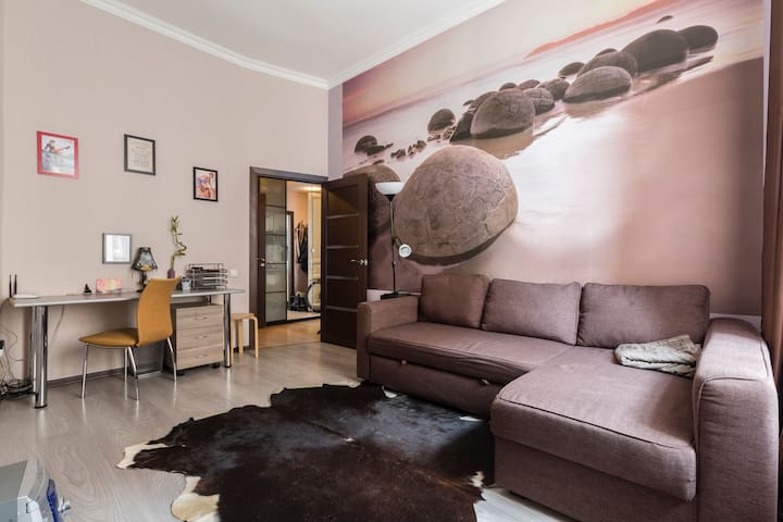 Super apartments 2 min walk subway - Saint Petersburg - Flat