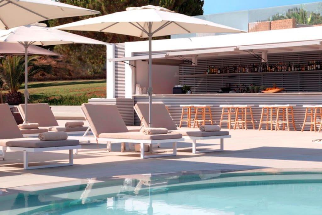 Zakythos Bay & Suites